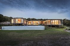 Understated Foam Road residence in Fingal, Victoria, Australia by Jam Architecture