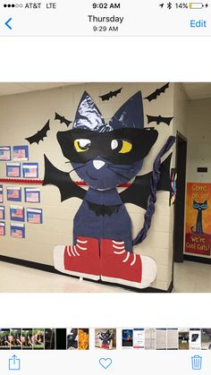 Pete the Cat - Halloween Decoration, school door