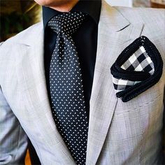 Dont like the pocket square but everything else is a nice combo