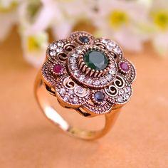 Anillo antiguo del oro del color verde de la flor redonda de la vendimia cristales anillos para las mujeres del partido de acrílico rojo turco joyería anel anillo de metal