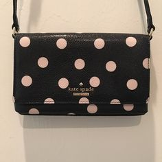 "{Kate Spade} Black with Cream Polka Dots Crossbody ✨Kate Spade Black with Cream Polka Dots Crossbody✨NWT ✨Size 8 W x 5.5 H ✨ Drop Adjustable Crossbody expands from 22""-25"" ( measurements from top of strap down to the top of the handbag) kate spade Bags Crossbody Bags"
