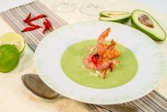 Kylmä avokado-katkarapukeitto | Rosa Viini & Ruoka Japanese, Ethnic Recipes, Pink, Japanese Language