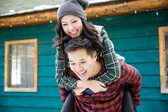 Winter Engagement shoot outfit #engagement #photography #engagementphotography #winterengagementphotos #winterengagement  www.cassiescamera.com