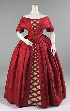 Dress (Ball Gown), British, c. 1842. Brooklyn Museum Costume Collection at the Metropolitan Museum of Art, Gift of the Brooklyn Museum, 2009.