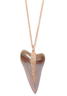 Jacquie Aiche Diamond Mako Shark Tooth Necklace. Wear me to the beach!