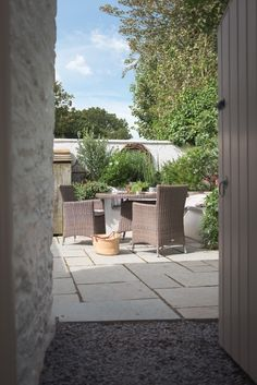 Sweetpea Cottage | Luxury Self-Catering | Kestle Mill, Cornwall Country Cottage Interiors, Modern Farmhouse Interiors, Modern Cottage, Modern Country, Cottage Homes, Cottages And Bungalows, Beach Cottages, Crantock Beach, Beach Cottage Style