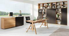 Klassisch & flexibel: atelier Schreibtisch von Kai Stania