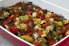 Посмотрите, как запечь овощи в духовке с розмарином и тимьяном – вкусный низкокалорийный гарнир к мясу или даже самостоятельный ужин