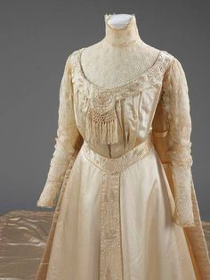 Stunning wedding dress c. 1905. Most likely from Liberty & Co. From http://collections.vam.ac.uk/…/wedding-dress-liberty-co-ltd/