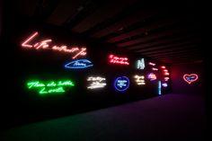 Neon Art Tracey Emin
