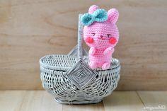 crochet pink rabbit amigurumei...generously shared a free pattern! Happy Easter!
