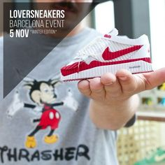 LoverSneakers Barcelona Event 2016 Winter Edition  BUY / SELL / TRADE / EXPO  Sábado 5 de Noviembre. Estació del Nord - Barcelona  http://ift.tt/1iZuQ2v  #LSevent2016 #loversneakers #sneakerheads #sneakers #kicks #zapatillas #kicksonfire #kickstagram #sneakerfreaker #nicekicks #barcelona #snkrfrkr #sneakercollector #shoeporn #igsneskercommunity #sneakernews #solecollector #wdywt #womft #sneakeraddict #kotd #smyfh #hypebeast #bambas