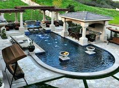Backyard goals 👌😍 #pool #pools #swimming #swimmingpool #swimmingpools #home #homes #mansions #mansion #realestate #luxuryhomes #luxuryhome…