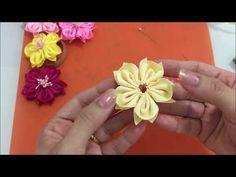 Flor abertinha de gorgorão - YouTube Diy Ribbon Flowers, Organza Flowers, Cloth Flowers, Kanzashi Flowers, Felt Flowers, Ribbon Bows, Fabric Flowers, Flower Crafts, Flower Art