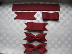 diy ribbon bows | Valerie Paperie: Festive felt bow DIY tutorial