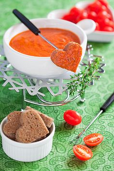 Tomato soup & grill cheese fondue - this is so u!!