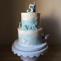 Frozen themed 5th birthday cake