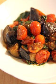 茄子とトマトのバジル味噌炒め