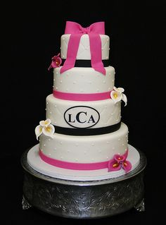 Fuschia Wedding cake