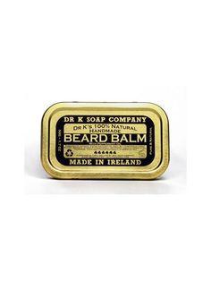 """Formulado con ingredientes naturales, el bálsamo para Barba """"Dr. K. Beard Balm"""" contiene manteca de Karité para acondicionar la barba, mientras que el aceite de Coco y Vitamina E calman y revitalizan la barba y la piel debajo."""