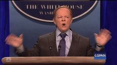 "Melissa McCarthy Played White House Press Secretary On ""SNL"" And OMG"