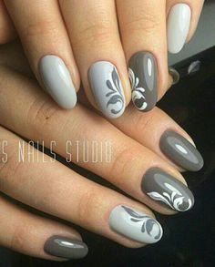 Grey and white nails with a delicate filigree design. Nail art on grey nails Gray Nails, Pink Nails, Black Nails, Nagel Hacks, Nail Art For Beginners, Trendy Nail Art, Manicure E Pedicure, Pedicure Ideas, Super Nails