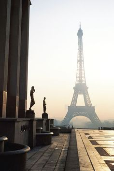 I would love to see the Eifel Tower in person!