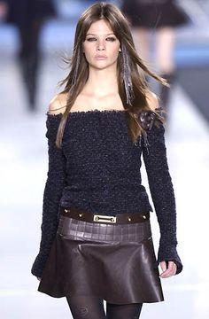 Chanel - Ready-to-Wear - Fall / Winter 2002
