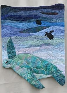Bluewater Turtle art quilt by Charlotte Scott The slightly Mad Quilt Lady. Completed in 2009 for the NZ Hoffman Challenge Patchwork Quilting, Applique Quilts, Art Quilting, Crazy Quilting, Crazy Patchwork, Quilt Art, Machine Quilting, Ocean Quilt, Beach Quilt