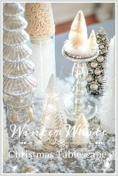 WINTER WHITE CHRISTMAS TABLESCAPE shares lots of inspiration and idea for setting a beautiful and easy Christmas table and easy entertaining tips.