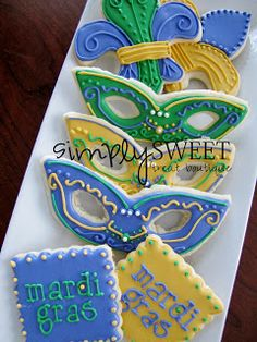 SimplySweet Treat Boutique: Mardi Gras Cookies Repinned By:#TheCookieCutterCompany