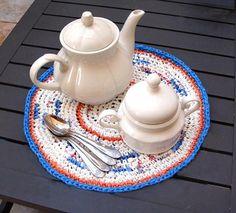 Tejido con bolsas de plástico por Creative Jewish Mom  http://www.creativejewishmom.com/