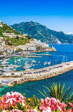 "soul-of-an-angel: ""Amalfi Coast Rome Travel, Italy Travel, Beautiful Places To Travel, Wonderful Places, Italy Vacation, Vacation Spots, Italy Holidays, Holidays 2017, Italy Tours"