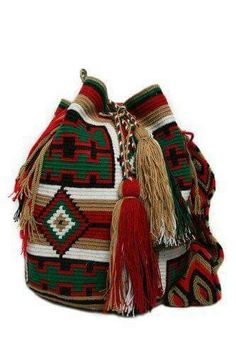 This beautiful wayuu mochila is original made by the wayuu woman. When you buy a mochila you are not just going to look stylish but at the same time you are contributing to a beautiful culture. Discount Designer Handbags, Discount Handbags, Tapestry Bag, Tapestry Crochet, Mochila Crochet, Unique Handbags, Crochet Purses, Crochet Bags, Boho Bags