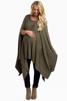 A solid maternity top with an asymmetric hemline, both comfortable and flattering for every stage of pregnancy.