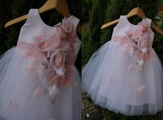 PRETTY White/Pink  Lace Tulle Flower Girl Dress Vintage Dress Wedding Bridesmaid Dress by AtelierArtistia on Etsy