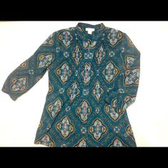 """HP Office Style6/13Multicolored elegant blouse V-neck. Various colors throughout-mauve, purple, green. 3/4 length sleeves. Is approximately 18"""" sleeves measured from shoulder. Approximately 28"""" in length from back neckline. No missing buttons. Is sheer. Charter Club Tops Blouses"""