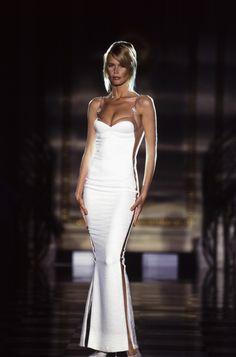 Atelier Versace fall 1995 paris Claudia Schiffer