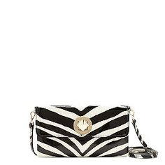 Out on the town patent  purse *love*