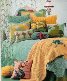 minti\ blue duvet quilt....