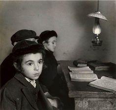 Roman Vishniac; Cheder Boys, 1937.