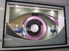 www.retailstorewindows.com: Bloomingdales, Dubai