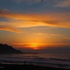 【megyama1003】さんのInstagramをピンしています。 《夜が明ける #マジックアワー #日の出 #夜明け #海岸 #海 #寒い #空 #太陽 #雲 #鴨川 #千葉  #きれい #グラデーション #オレンジ #ファインダー越しの私の世界  #sky #sea #ocean #sunrise #magichour #orange #clouds #beautiful #gradation #sun #seaside #beautifulview #japan》
