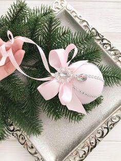 1 million+ Stunning Free Images to Use Anywhere Shabby Chic Christmas Ornaments, Pink Christmas Decorations, Pink Christmas Tree, Elegant Christmas, Handmade Ornaments, Christmas Baubles, Diy Christmas Ornaments, Handmade Christmas, Christmas Crafts
