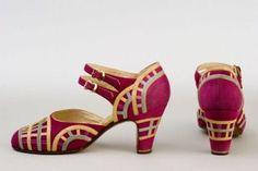 Vintage Art Deco Flapper Shoes, Donna Greco, Paris: ca. 20s Fashion, Moda Fashion, Art Deco Fashion, Fashion History, Fashion Shoes, Vintage Fashion, Victorian Fashion, 1920s Shoes, Vintage Shoes