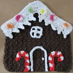 """Free pattern for """"Gingerbread House Dishcloth""""!"""