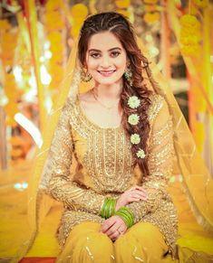 Pakistani Mehndi Dress, Bridal Mehndi Dresses, Asian Wedding Dress, Pakistani Wedding Outfits, Pakistani Dresses Casual, Bridal Dress Design, Wedding Dresses For Girls, Bridal Outfits, Mehendi