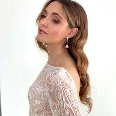 EP Makeup & Hair Lake Como (@elenapanzerimakeup) posted on Instagram • Apr 23, 2021 at 7:59am UTC Bridal Makeup, Wedding Makeup, Lake Como Wedding, Bridal Looks, Hair Designs, Luxury Wedding, Milan, Wedding Hairstyles, Bride