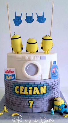 Washing Minions Cake