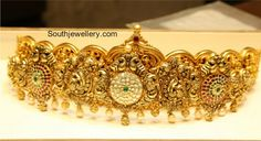 Uncut Diamond Necklace latest jewelry designs - Page 45 of 113 - Indian Jewellery Designs Traditional Indian Jewellery, Indian Jewellery Design, Jewelry Design, India Jewelry, Gold Jewelry, Jewelery, Trendy Jewelry, Fashion Jewelry, Royal Jewels